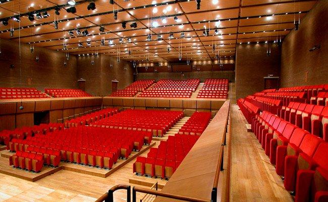 Sala sinopoli auditorium parco della musica giuseppe for Auditorium parco della musica sala santa cecilia posti migliori